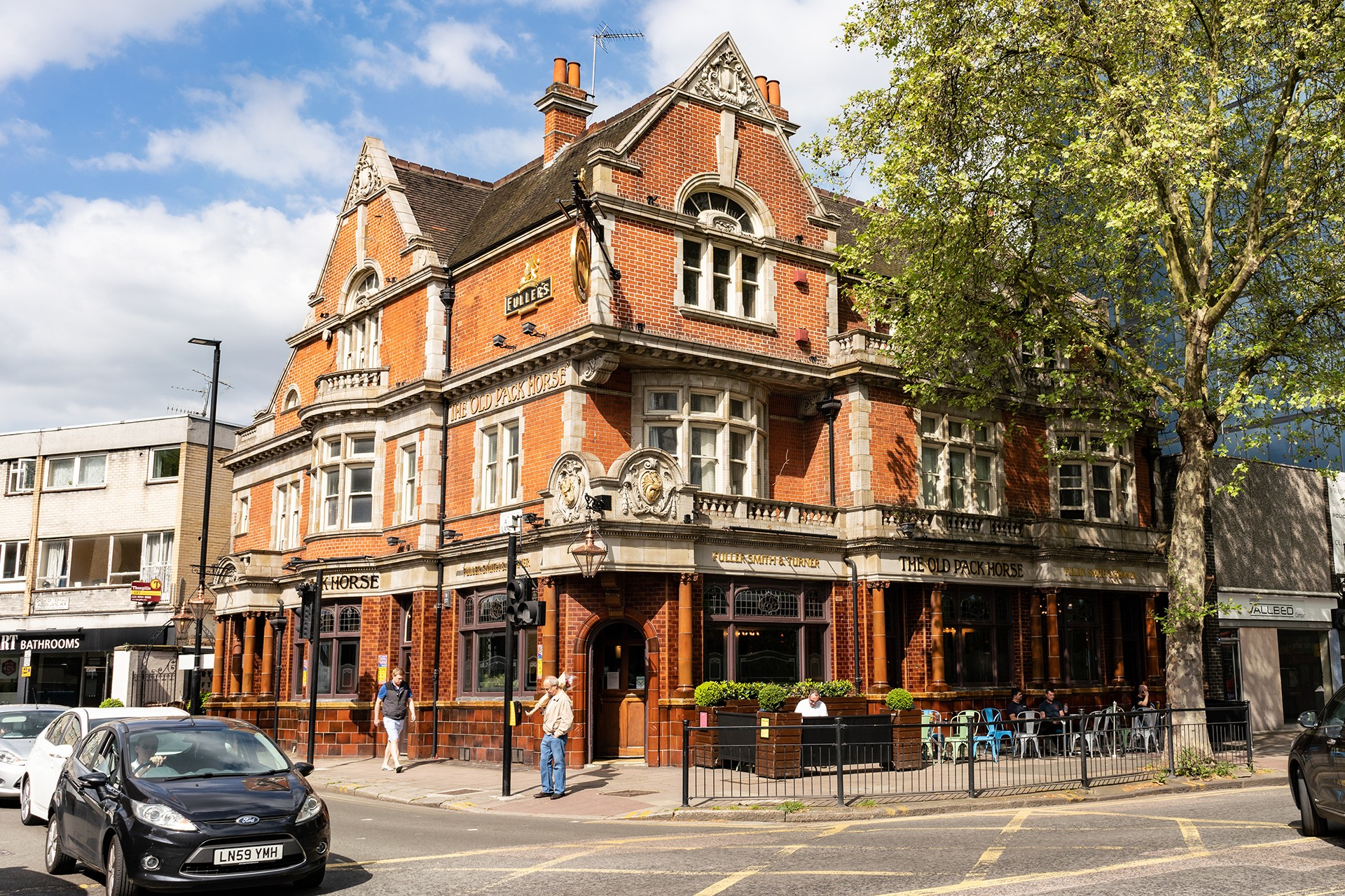 The Old Pack Horse - Fuller's Pub and Restaurant in Chiswick